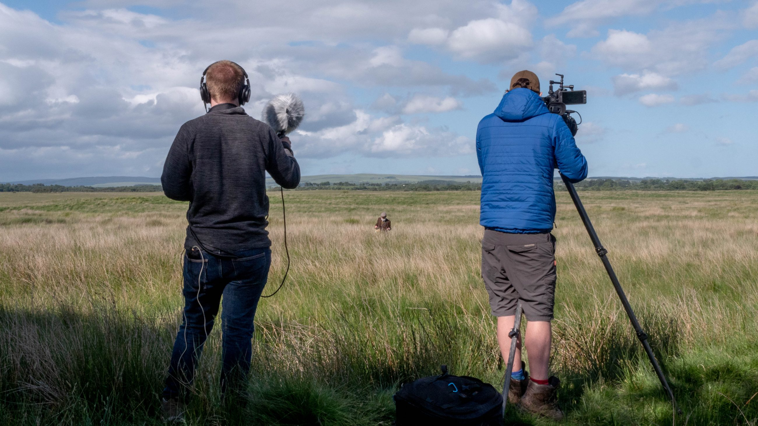 Filming in more fields with Melvyn Rawlinson, Peter Baumann (Sound Recordist) and Benjamin Sadd (Director of Photography) - Behind the Scenes of Carbon Farmer